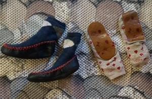 Как сделать носки нескользящими 1